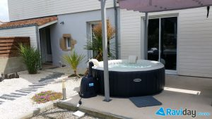 o installer un spa gonflable chez soi blog de raviday. Black Bedroom Furniture Sets. Home Design Ideas