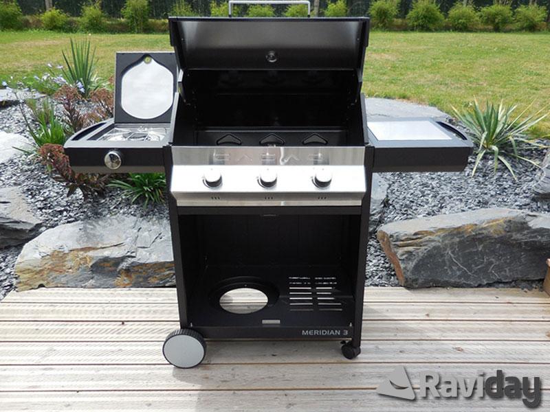 montage du barbecue gaz cadac meridian plancha 39 n grill 3. Black Bedroom Furniture Sets. Home Design Ideas