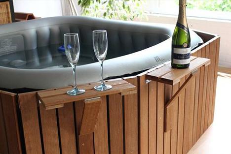 10 id es d 39 habillage pour votre spa gonflable. Black Bedroom Furniture Sets. Home Design Ideas