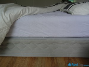 Intex-Supreme-Bed-matelas-gonflable-drap-couette