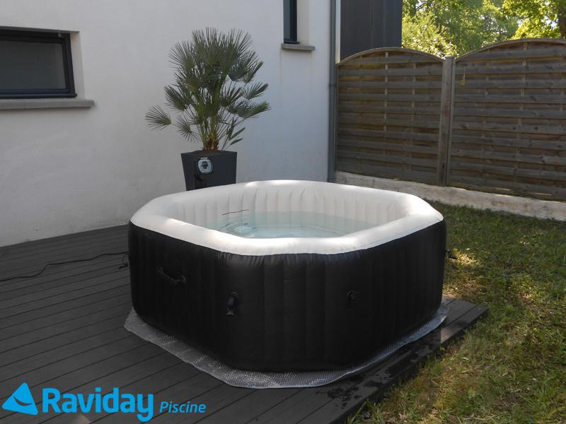 O installer un spa gonflable chez soi blog de raviday - Spa terrasse appartement ...