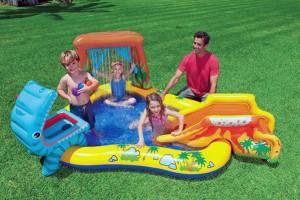 """Profitez en famille avec cette aire de jeux gonflable """"Jurassic"""" !"""
