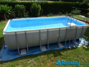 Superbe Piscine Intex Ultra Silver Jardin Grandes Images