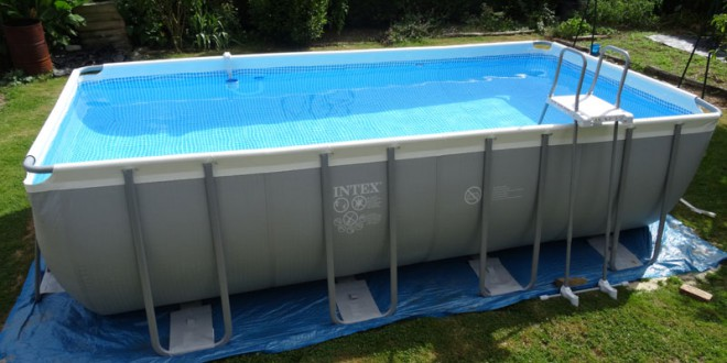 Comment monter une piscine tubulaire montage et for Piscine intex tubulaire
