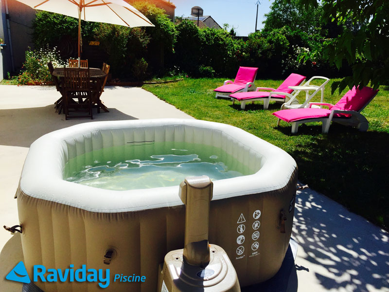 O installer un spa gonflable chez soi blog de raviday for Spa gonflable exterieur
