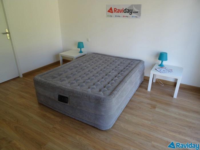 meilleur matelas gonflable quels sont les meilleurs mod les. Black Bedroom Furniture Sets. Home Design Ideas