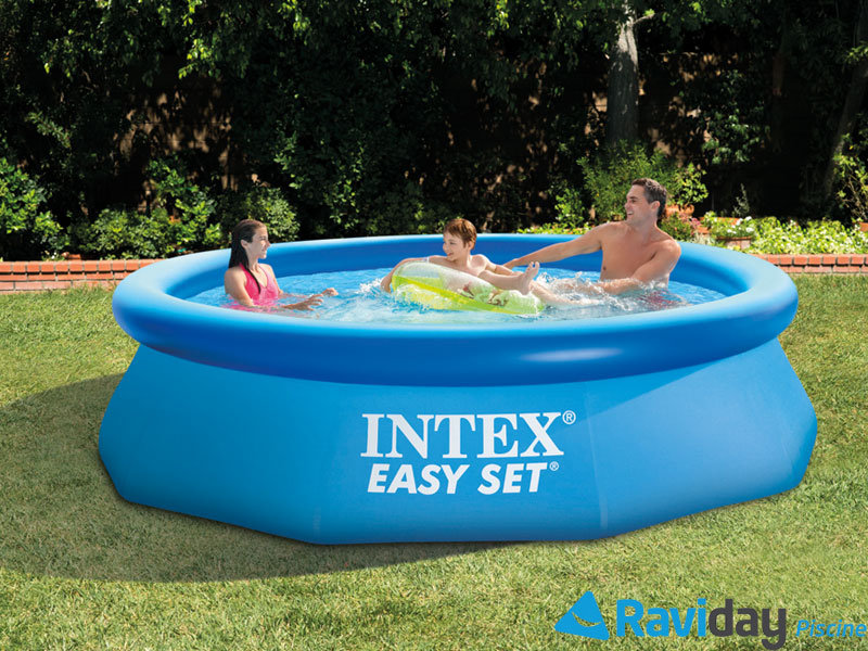 une piscine hors sol intex pour profiter de votre t. Black Bedroom Furniture Sets. Home Design Ideas
