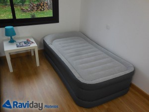 Matelas gonflable Intex Rest Bed Deluxe 64432