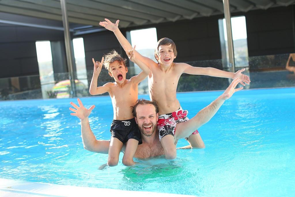 Acheter une piscine pour faire plaisir aux enfants et aux parents