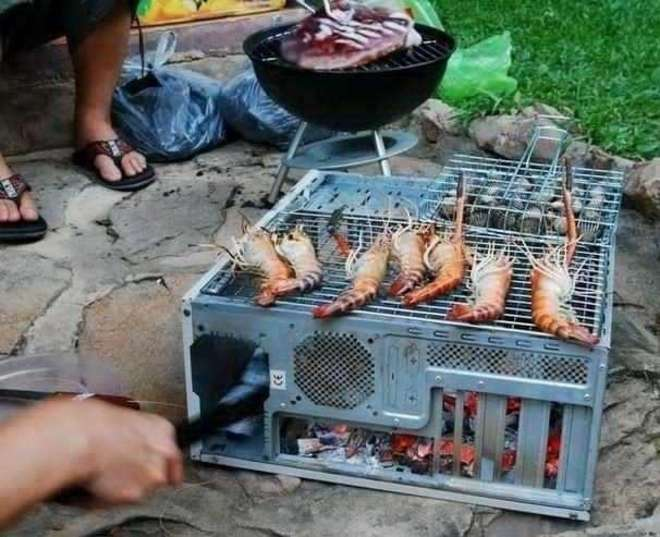 barbecue-insolite-gambas-ordinateur