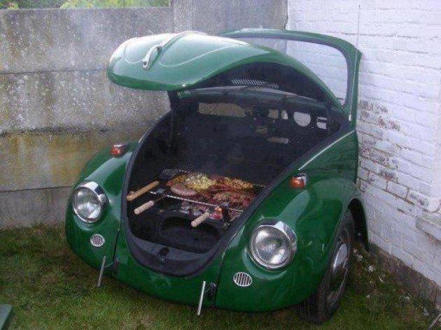 barbecue-insolite-voiture-capot-vert
