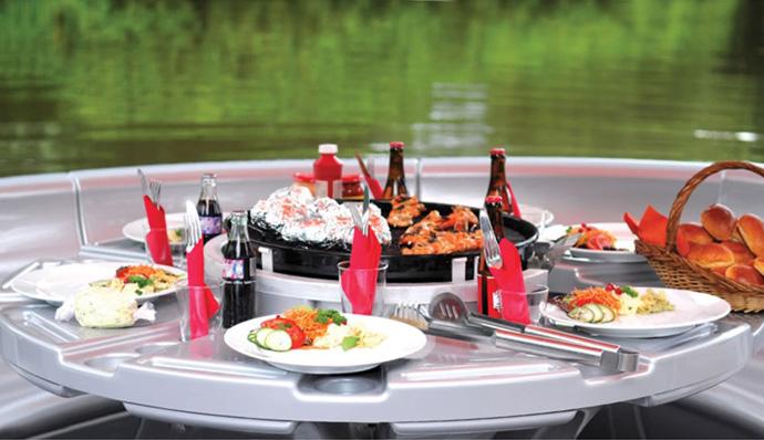 barbecue-bateau-table