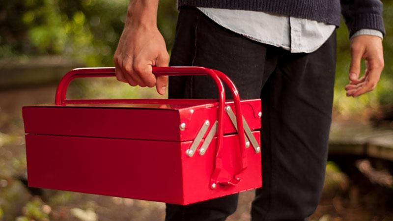 Barbecue-Portable-en-forme-de-boite-a-outils