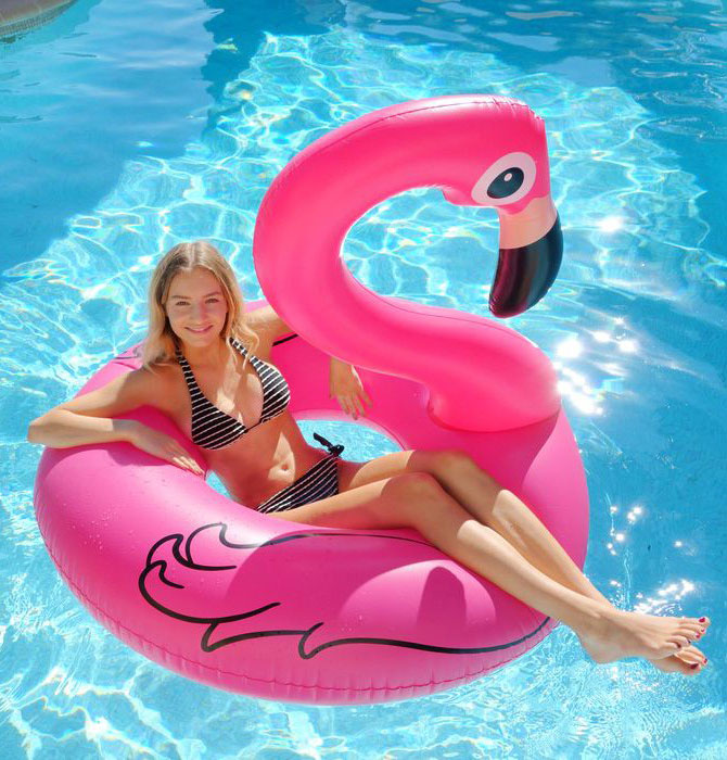 bouee-gonflable-flamant-rose-kerlis