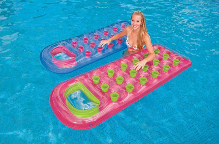 D tendez vous avec le matelas gonflable de piscine blog de raviday - Matelas gonflable pour eau ...