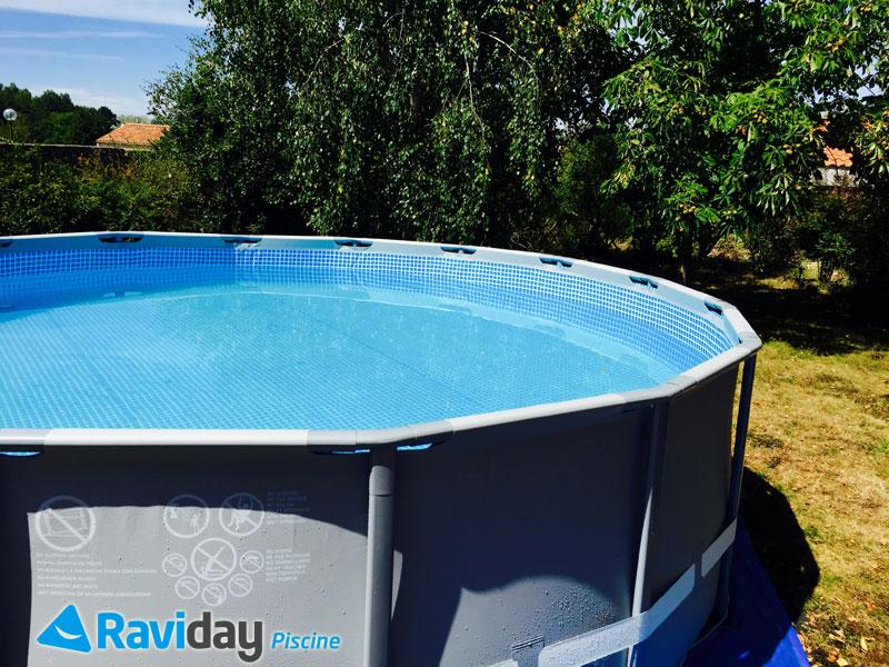 montage d 39 une piscine tubulaire ronde intex ultra frame blog de raviday. Black Bedroom Furniture Sets. Home Design Ideas