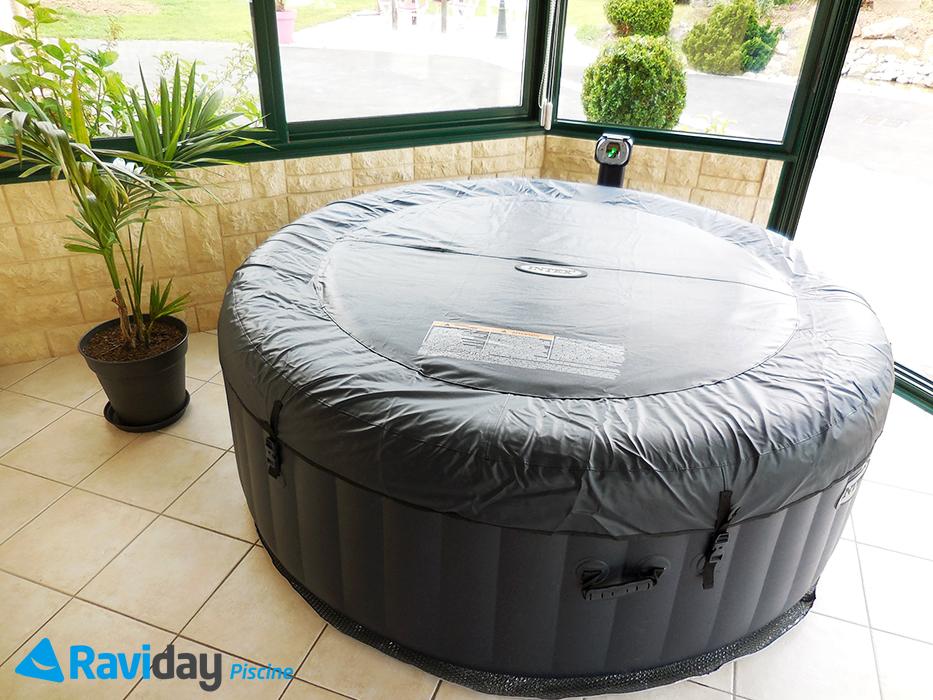 shooting photo du spa gonflable 4 places intex pure spa plus bulles bleu nuit 28406 blog de. Black Bedroom Furniture Sets. Home Design Ideas