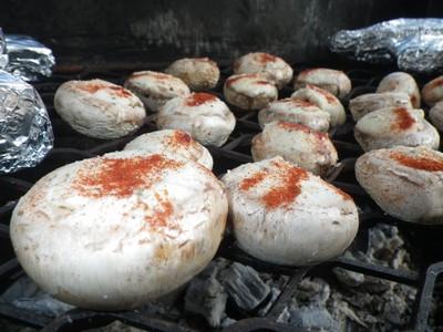 champignons-et-boursin-au-barbecue