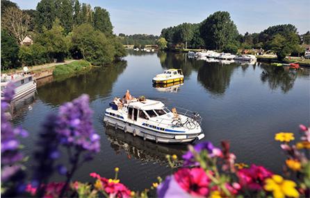 location-bateau-sans-permis-tourisme-fluvial