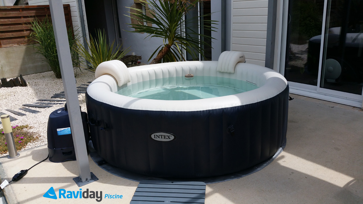 Spa gonflable 6 places intex pure spa plus bulles bleu nuit 28410 - Avis jacuzzi gonflable ...