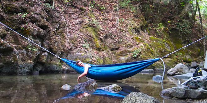 d couvrez le hydro hammock un hamac transformable en piscine spa ou baignoire blog de raviday. Black Bedroom Furniture Sets. Home Design Ideas