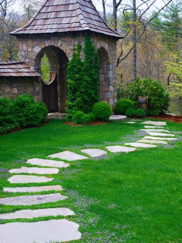 Pr parer son jardin pour l 39 t gazon naturel ou for Pelouse naturelle en rouleau