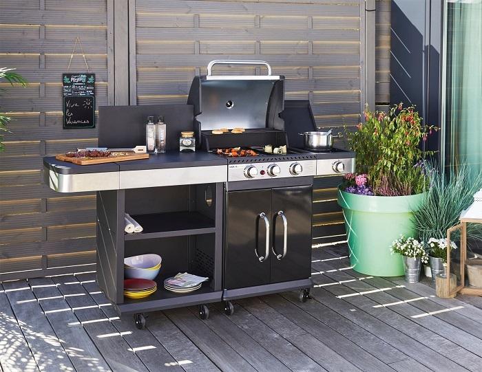 Barbecue à gaz Cook'In Garden FIDGI 3 vendu 349€ et sa desserte (vendu en option)