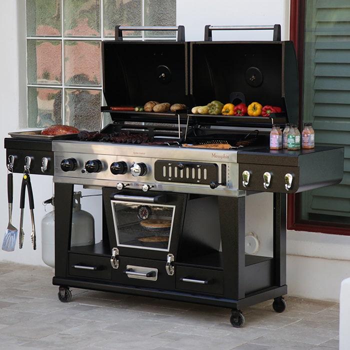 Pit Boss Memphis Ultimate : barbecue mixte gaz, charbon et fumoir électrique