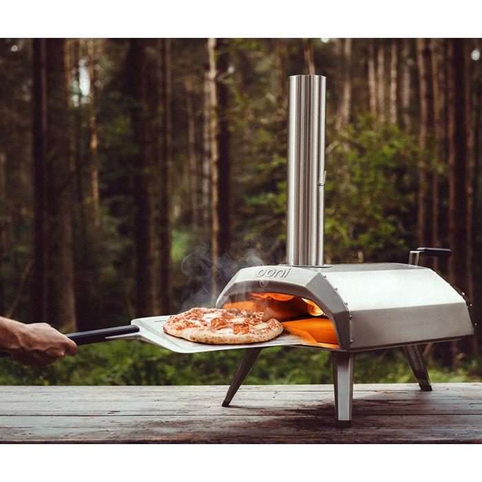 Ooni Karu 12 : four à pizza au bois